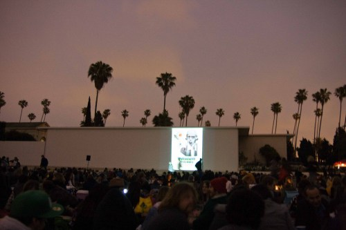 movie projected onto Rudolph Valentino's tomb
